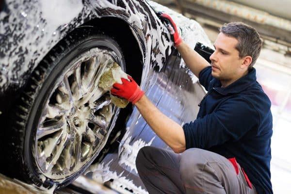 professionelle-Fahrzeugaufbereitung